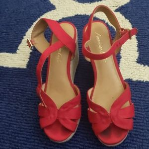 Red Wedges American Eagle 8.5